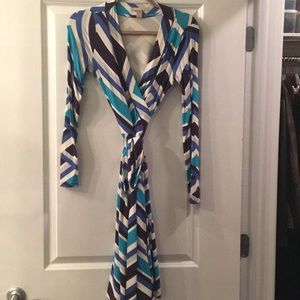 Good used condition banana Republic Gemma dress